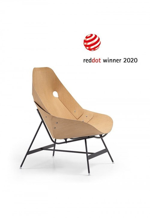 Alias wins the Red Dot design Award 2020 with the Time armchair
